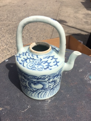 DELFT TEA POT