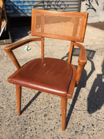 MID CENTURY MODERN CHAIR 33