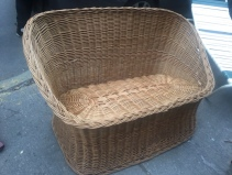 WICKER BENCH