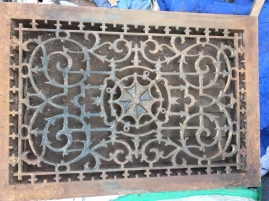 CAST IRON VENT COVER 4