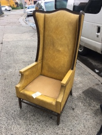 LARGE KINGS CHAIR