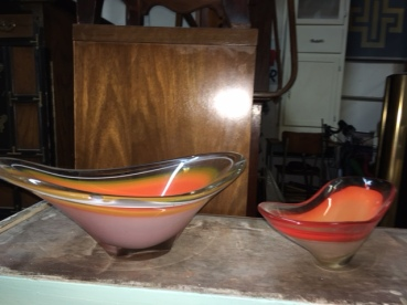 MID CENTURY GLASS BOWLS