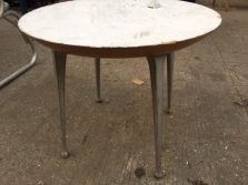 MODERNICA TABLE