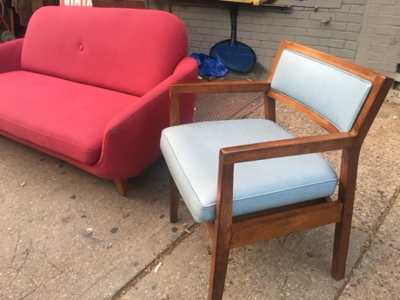 WOOD MID CENTURY CHAIR