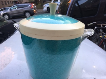 1970'S ICE COOLER