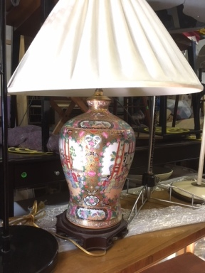 HANDPAINTED ORIENTAL LAMP