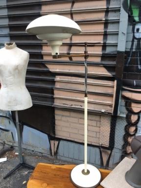 MID CENTURY MODERN FLOOR LAMP 2