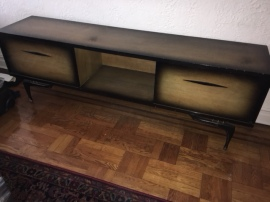 MID CENTURY MODERN LONG CREDENZA