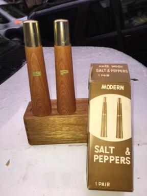 MID CENTURY MODERN SALT AND PEPPER SHAKER