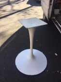 KNOLL TABLE BASE