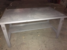 METAL INDUSTRIAL TABLE DESK 5 FEETX3 FEETX32 INCHTALL