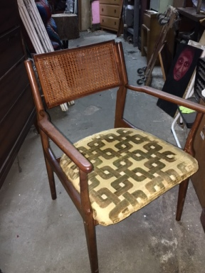 MID CENTURY MODERN DINING CHAIR 3