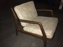 MID CENTURY MODERN LOUNGE CHAIR2
