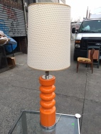 MID CENTURY MODERN ORANGE TABLE LAMP 2