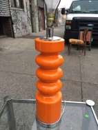 MID CENTURY MODERN ORANGE TABLE LAMP 3
