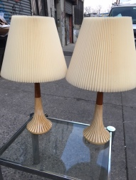 MID CENTURY MODERN RETRO TABLE LAMPS