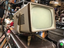 RETRO TV SET 2