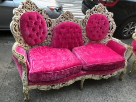 CRUSHED PINK VELVET COUCH