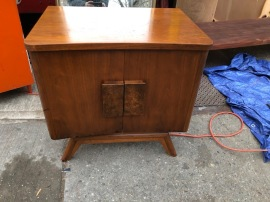 MID CENTURY SIDE TABLE $150