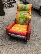 ART LOUNGE CHAIR