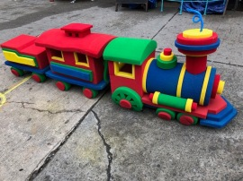 LARGE FOAM TRAIN DISPLAY