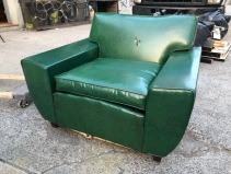 MID CENTURY MODERN CLUB CHAIR $150