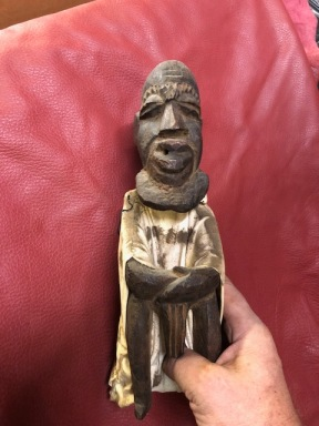 AFRICAN GUY STATUE