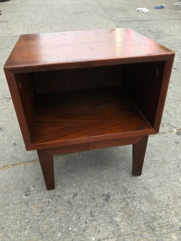 MID CENTURY SIDE TABLE
