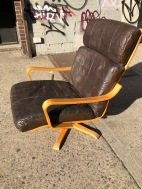OBERMAN LOUNGE CHAIR 4
