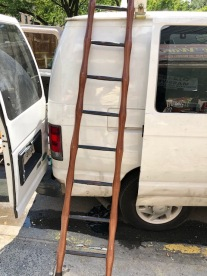 UNIQUE LOFT LADDER