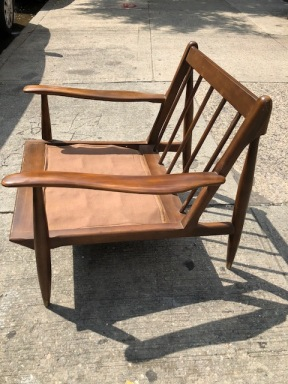 MID CENTURY MODERN LOUNGE CHAIR 2