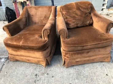 VELVET LOVE SEATS