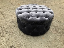 TUFFTED OTTOMAN