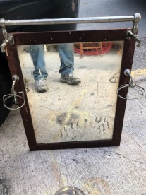 UNIQUE MIRROR