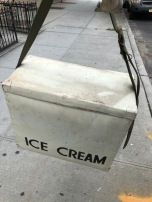 VENDOR ICE CREAM BOX