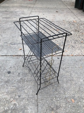 WIRE RECORD RACK