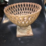 CAST IRON PLANTER
