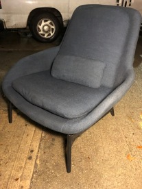 BLUE DOT WOMB CHAIR 3
