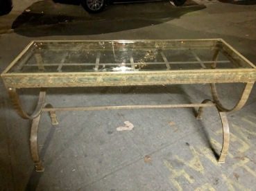 GLASS ENTRANCE TABLE