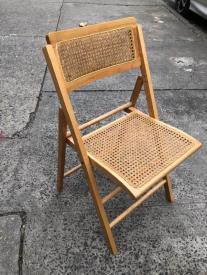 italianwickerfoldingchair