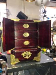 oriental jewelry box 2