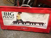 FAO SCHWARTZ PIANO