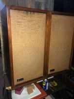 KLH WOOD SPEAKERS