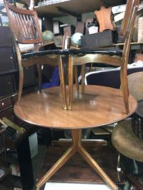 MID CENTURY MODERN TABLE AND 4 CHAIRS