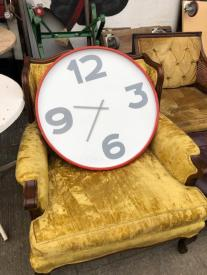 LARGE CB2 CLOCK