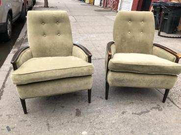 VELVET ACCENT CHAIRS