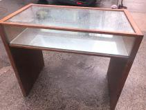 MID CENTURY DESK SHOWCASE