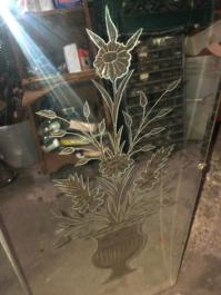 ETCHED MIRROR CLOSEUP