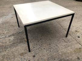 KNOLL SIDE TABLE