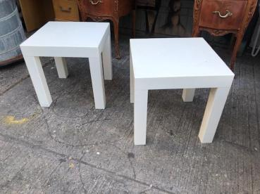 MID CENTURY PLASTIC TABLE